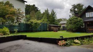 枕木施工の庭