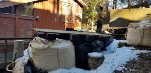 傾斜の伐採作業2